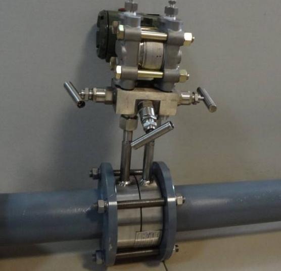 差压式孔板流量计误差控制 孔板流量计计算公式安装要求