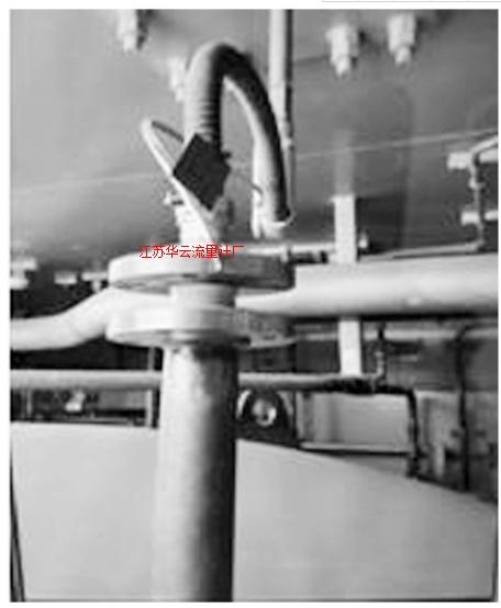 图2 现场罐顶液位计管嘴